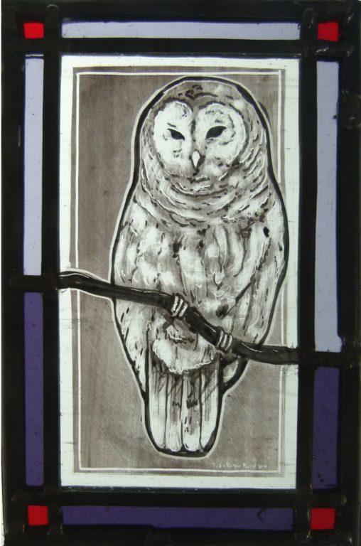 pintada a mano con grisallas y cocida  a 640º, con cenefa de color y emplomado 24x16  cm aprox